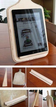 DIY tablet holder for the kitchen. Brilliant idea.