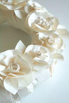 DIY wreathing white paper technique