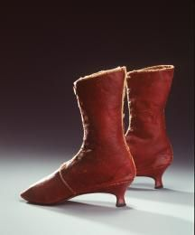 H4448-106 Front laced boots, pair, womens, leather / linen, maker unknown, England, c. 1785-1800 - Powerhouse Museum Collection