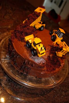 Construction birthday cake for a little boy - so easy!