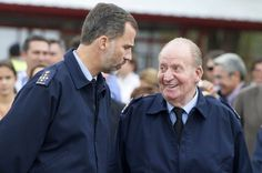 King Felipe and father, former King Juan Carlos, attend the 75th anniversary of the Spanish Air Force.