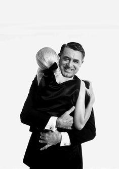 Sunny Harnett & Cary Grant photographed by Richard Avedon.