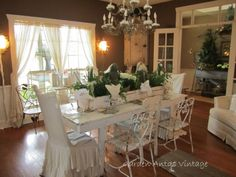 Judy Hill's  Christmas Home Show~Dining Room.