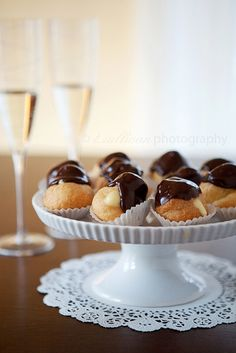 Champagne Cream Puff