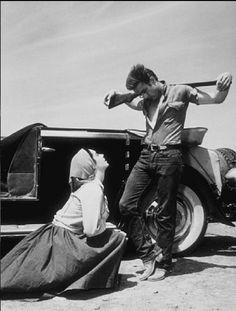 Elizabeth Taylor and James Dean in Giant