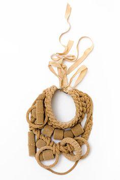 dries-van-noten-collar