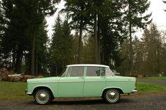 http://2.bp.blogspot.com/-8ZDWXo0C0tA/UMNpuyMlbMI/AAAAAAAAUBE/NCJedq9QaqQ/s1600/1965-Toyota-Tiara-1900-Sedan-8.jpg