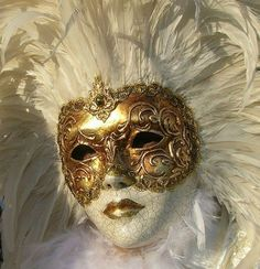 white feather, gold mask, carnivals, venice, masks, carniv mask, venetian carniv, feathers, masquerades