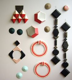 Paper jewellery by Anna Gleeson.
