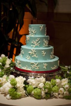 beach wedding?  then this cake is perfection.