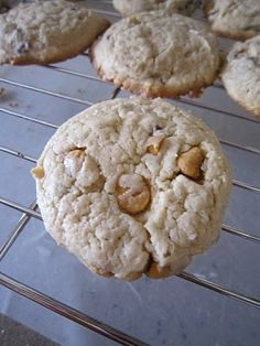 Living a Changed Life: Recipe Review: Cake Mix Chip Cookies
