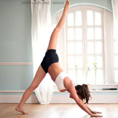 70 Yoga Poses to Tone, Strengthen, and Detox Your Body! (beware of the annoying commercial you HAVE to watch to read the article)