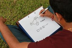 Portable dry erase white board. Great for brainstorming ideas or meetings with clients. Save on paper.