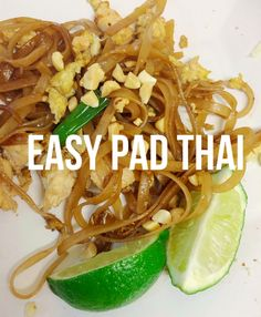 finally, simple + easy pad thai without all the crazy ingredients!