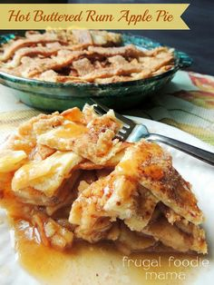 Hot Buttered Rum Apple Pie via thefrugalfoodiemama.com - tender, sweet apples drizzled in a hot buttered rum sauce that is baked in a flaky homemade crust