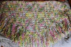 Loom Knitting Knews: Triangles on the Round Loom