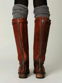 One pair of cute and simple leg warmers