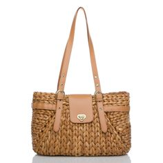 Love this bag for the summer...from Shoe Dazzle.