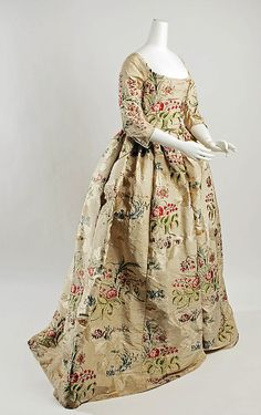 Dress 1780, but probably re-made from an earlier mantua