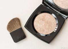 Too Pretty: Chanel illuminating powder / Garance Doré