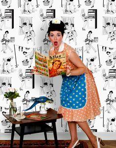 1950s housewife wallpaper