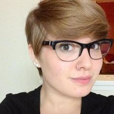 Love her glasses and the cut! pixie cuts, hair colors, hipster hair cuts for, pixie haircut for long faces, long hair, fring, pixie cut glasses, fat girl short hair, bang
