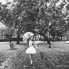 Dancer - Emily Entingh. Gallery - Chrome. © 2013 Oliver Endahl of Ballet Zaida