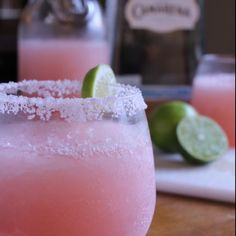 Grapefruit Margherita- Ooh I could so go one of these right now!