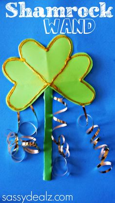 Shamrock Wand Craft for St. Patrick's Day - Sassy Dealz