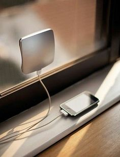 A device which you can put on windows and it will recharge your smart phone with solar power. #smartphone #solar #power #green #greenenergy #innovation #technology #gadget #smartlife #smartinnovation #recharge