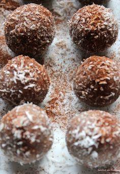 barefoot and frolicking: Radiant Almond-Coconut Orbs  raw-gluten free-sugar free-vegan-organic