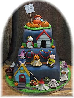 Charlie Brown, Halloween and cake...three of my most favorite things.
