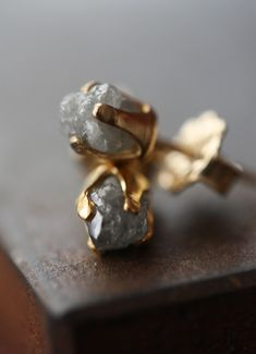 ❥ rough diamond stud earrings