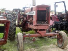 International 656 tractor salvaged for used parts. Call 877-530-4430 for the best selection of used ag parts. http://www.TractorPartsASAP.com