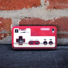 iPhone 4/4S Controller Case, now featured on Fab.