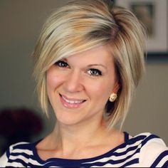 Simple Short Hairstyles for Women: Chic Straight Bob with Side Bangs Love the cut and the color!