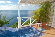 Private plunge pool in the Caribbean Blue Suite - Oasis Marigot
