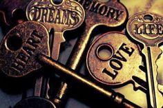 .. keys ..fiona kahlo