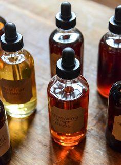 Homemade Cocktail Bitters: Cherry Vanilla, Chocolate, Grapefruit & Strawberry Ginger I howsweeteats.com