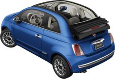 A Fiat 500c Lounge convertible in blue... yes, please!
