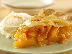 Picture is pie but pinning hummingbird cake recipe