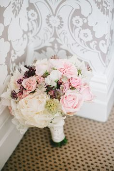 Pastel pink bridal bouquet | Photography by http://www.elliegillard.co.uk/