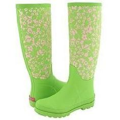 Lilly Pulitzer Rainboots perfect for those rainy, snowy days! #LillyHoliday