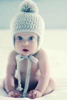 bonnet bébé avec pompon