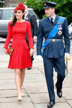 Kate is so amazing to me she seams like she is trying to be like Princes Diana!!!