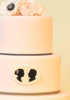 ► Pastel de boda silueta. #pasteles #bodas