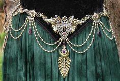 1239955_590705884324495_111097642_n.jpg 621×422 pixels costum, fashion, belly dance, fantasi, fairies, crowns, goddesses, boho, belts