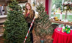 Home & Family - Tips & Products - Shirley Bovshow's Tips on Keeping Your Christmas Tree Fresh | Hallmark Channel