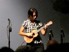 Europa - Carlos Santana - Brittni Paiva performs