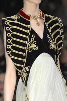 mcqueen costum, fashion soldier, coutur, cloth, style, alexandermcqueen, alexander mcqueen fall 2008, autumnwint 2008, alexand mcqueen
